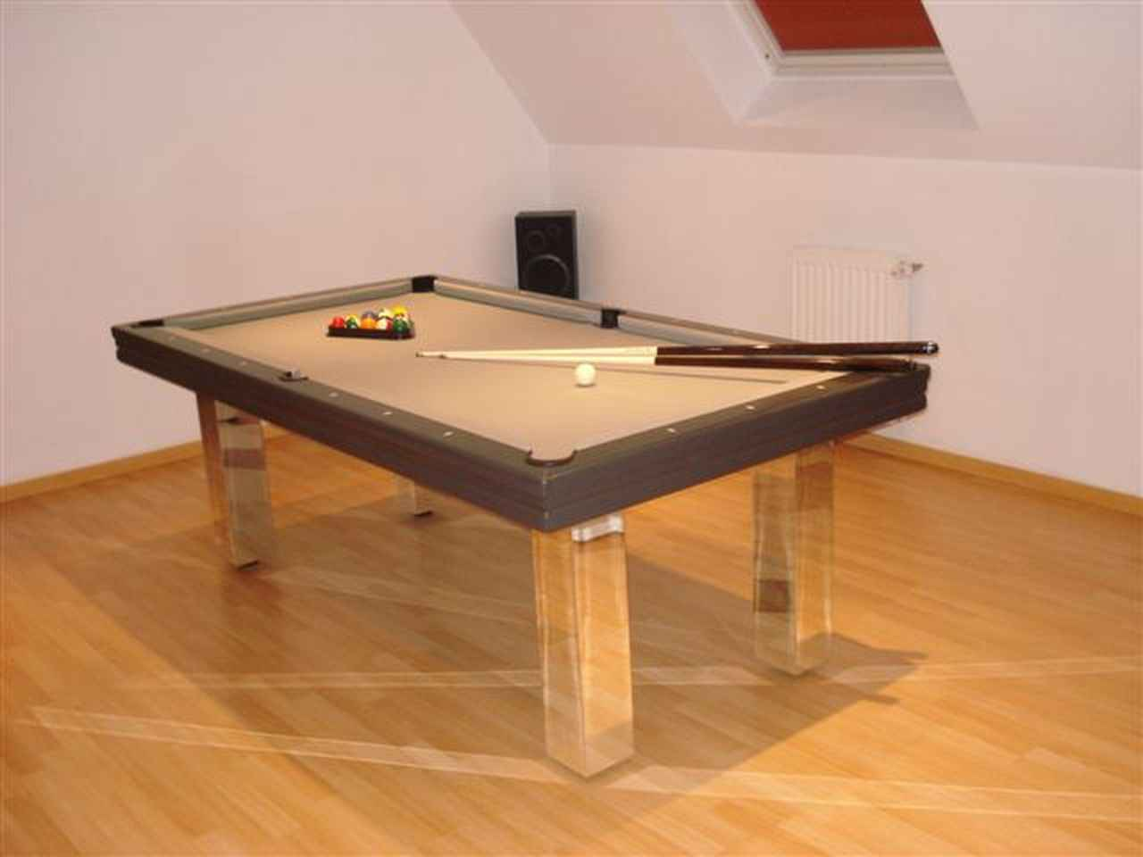 billard toulet miroir dans billard toulet sur id e d coration vitrine magasin. Black Bedroom Furniture Sets. Home Design Ideas