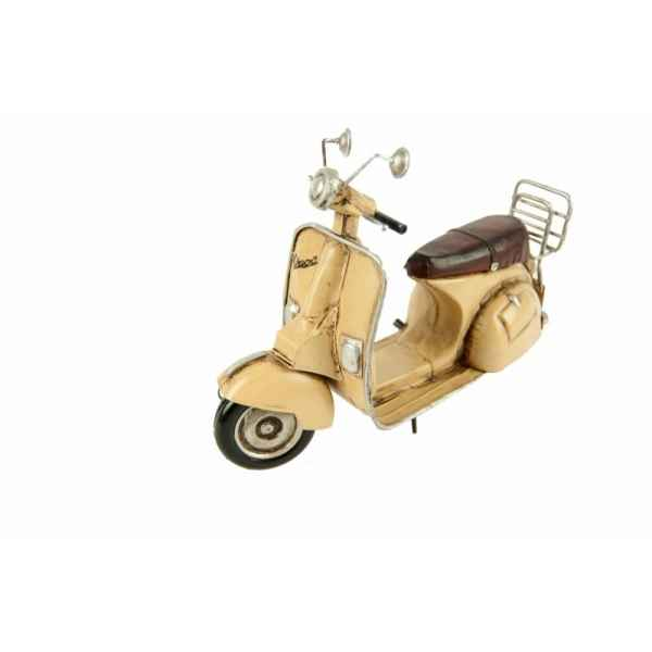 Vespa 2 places Antic Line -SEB10080